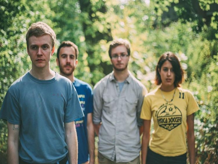 Photo zu 16.04.2019: PINEGROVE, SNOW COATS - Hamburg - Hafenklang
