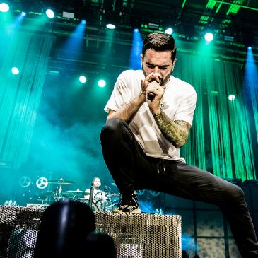 A DAY TO REMEMBER - Hamburg - Sporthalle (03.02.2017)