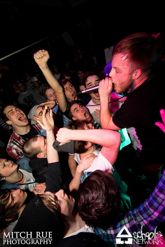 Photo zu 25.02.2012: His Statue Falls, Vanna, Hundredth, The Greenery, Choking On Illusions - Trier - Exhaus