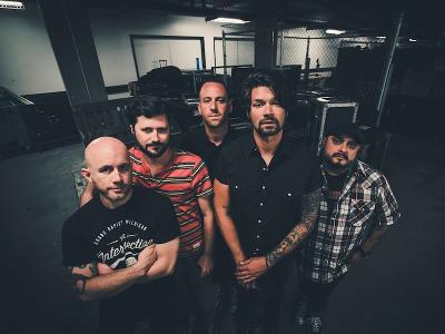 ALLSCHOOLS PRESENTS: TAKING BACK SUNDAY - auf Tour im Juni